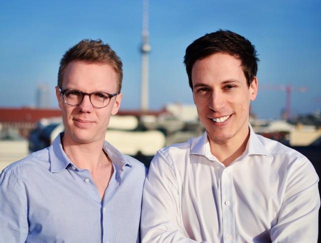 Die zwei Gründer des Berliner Fintech-Start-ups Zencap